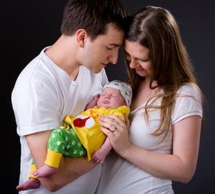 Возвращение из роддома - как и чем помочь маме?