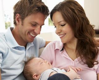 Советы что подарить новорожденному и его маме.